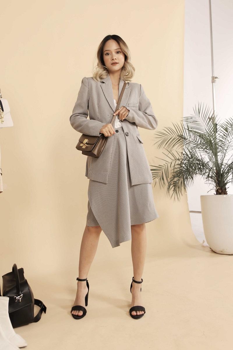 Houndstooth Asmmetric Skirt - Váy Vạt Caro