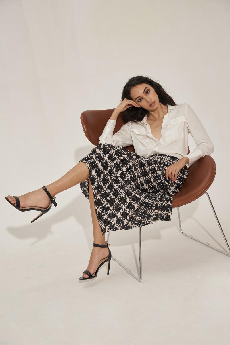 Pleated Checked Asymmetric Skirt - Váy Kẻ Caro Xếp Li Bất Đối Xứng