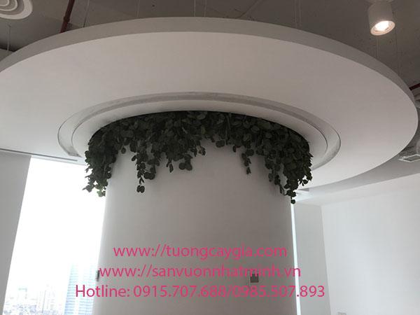 Cuốn dây rủ quanh cột tròn tại tầng 26 toà nhà Lotte số 54 Liễu Giai - Ba Đình - Hà Nội