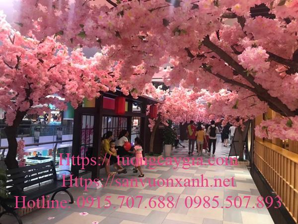 Cung cấp và lắp đặt hoa anh đào tại Giga mall Thủ Đức - TP HCM
