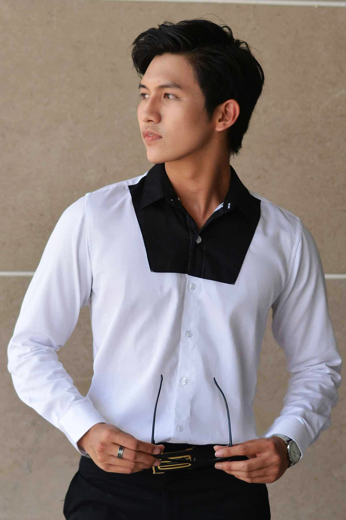 Sơ Mi Thiết Kế Black Chest Hidden Button Down White Shirt