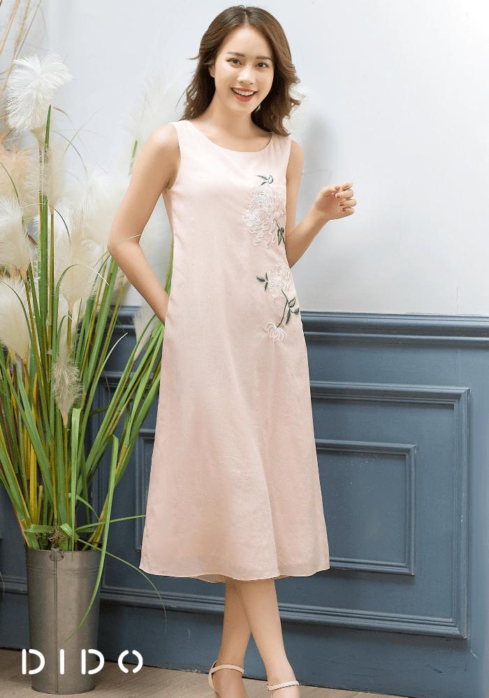 Váy Hồng Sát Nách Thêu Hoa Nữ