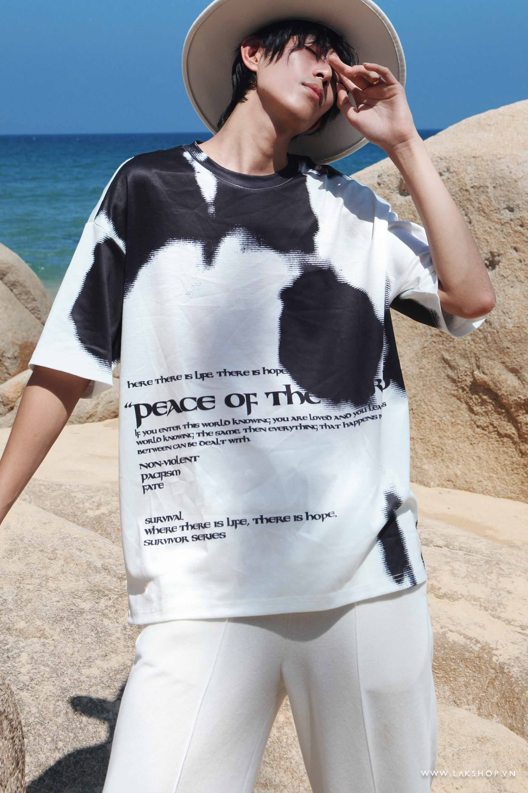 Oversized Peace Of The Lord Print cv2