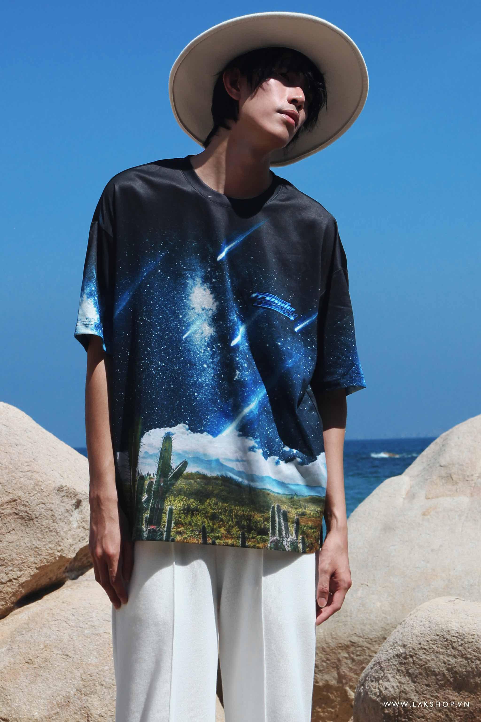 Oversized Meteor Garden Print T-shirt cv2