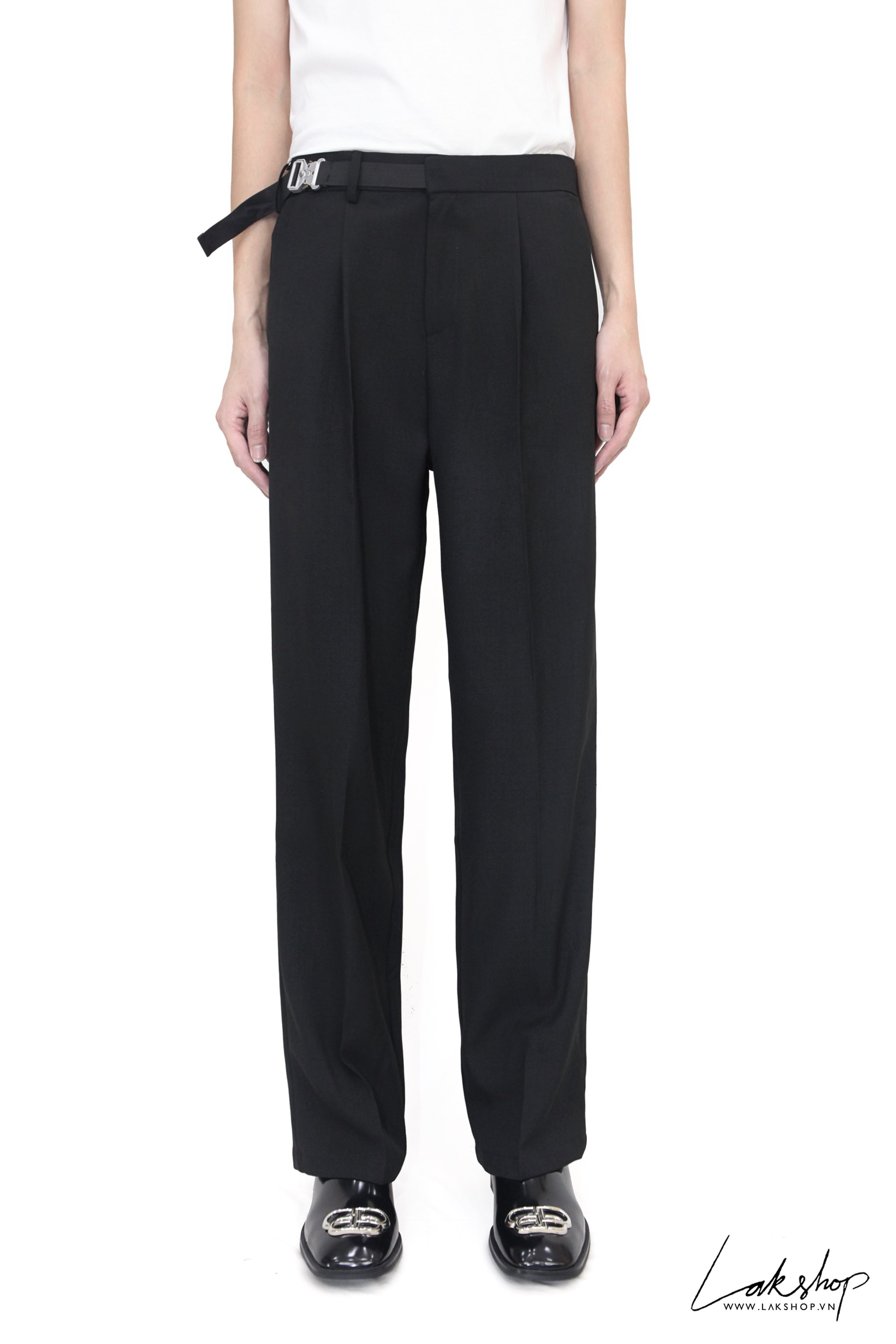 Quần Losse Fit Black with Buckle
