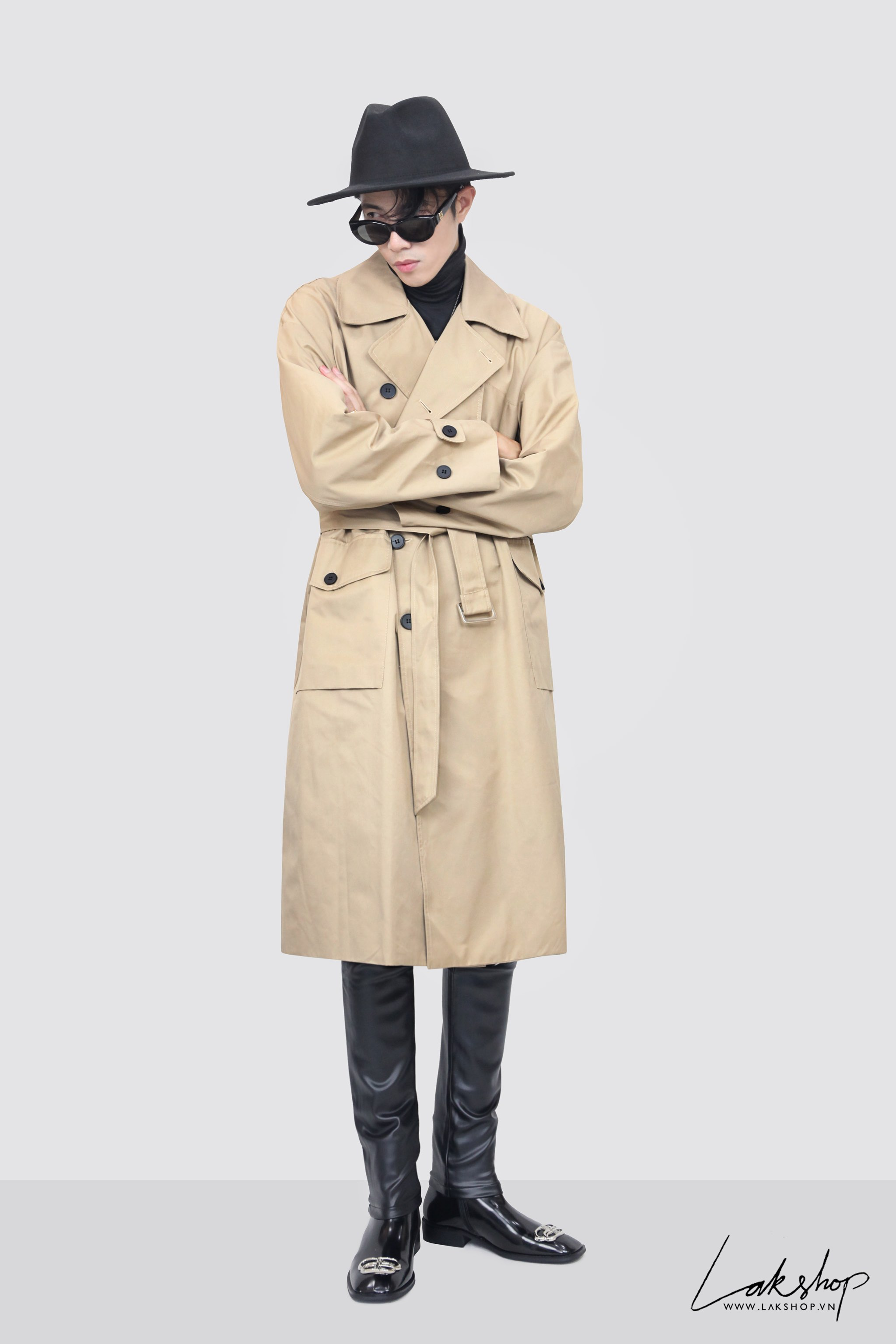Belted Tan Trench Coat with Bag  cv2