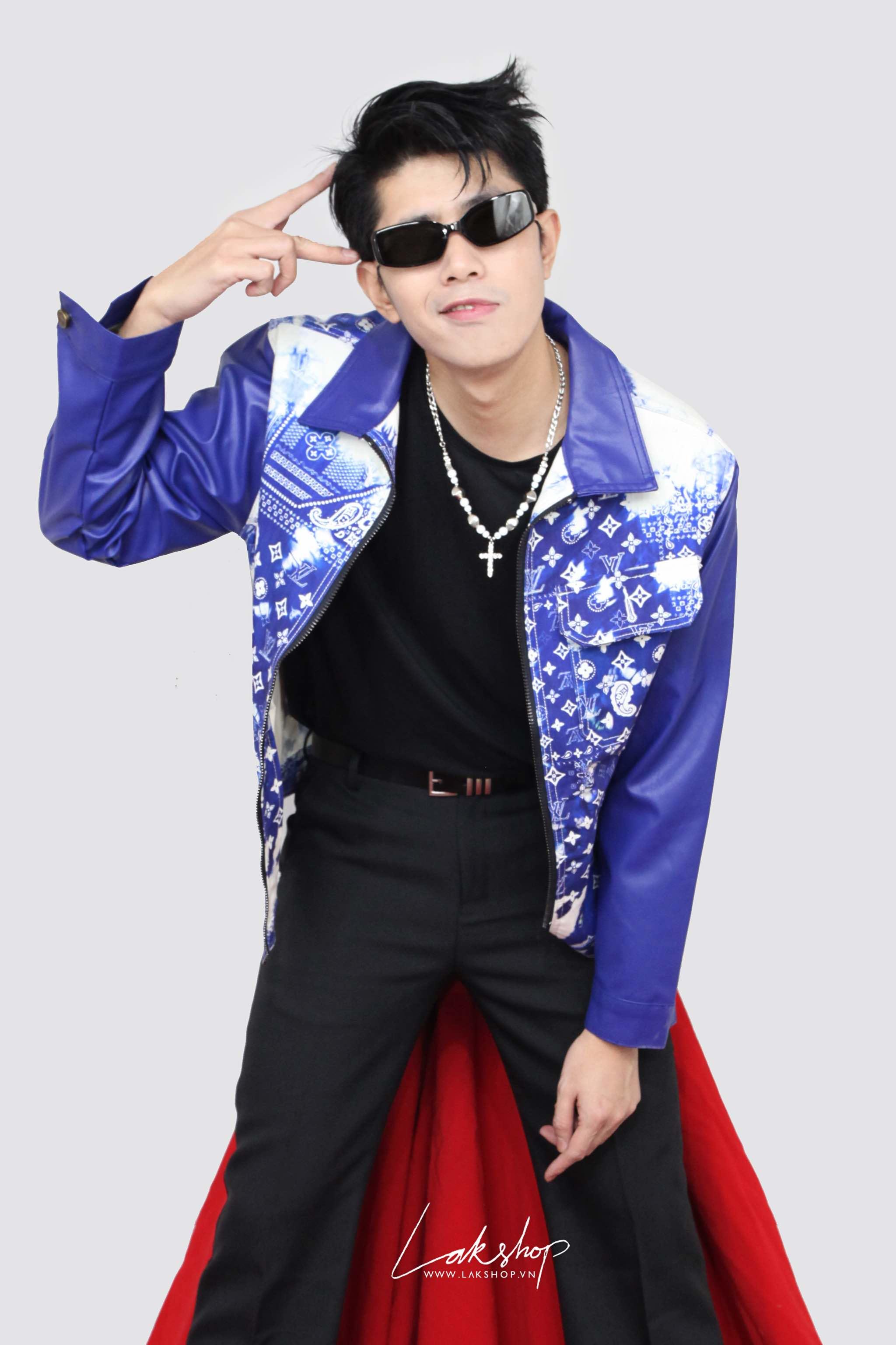 Louis Vuitton 3D Equipe Oversized Shirt cv1