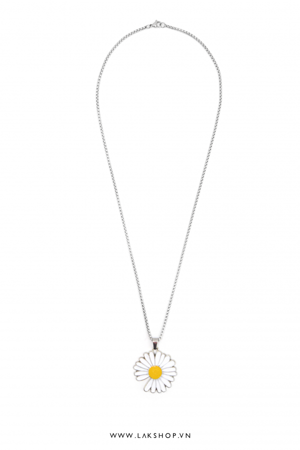 Peaceminusone Meltalic Daisy Necklace
