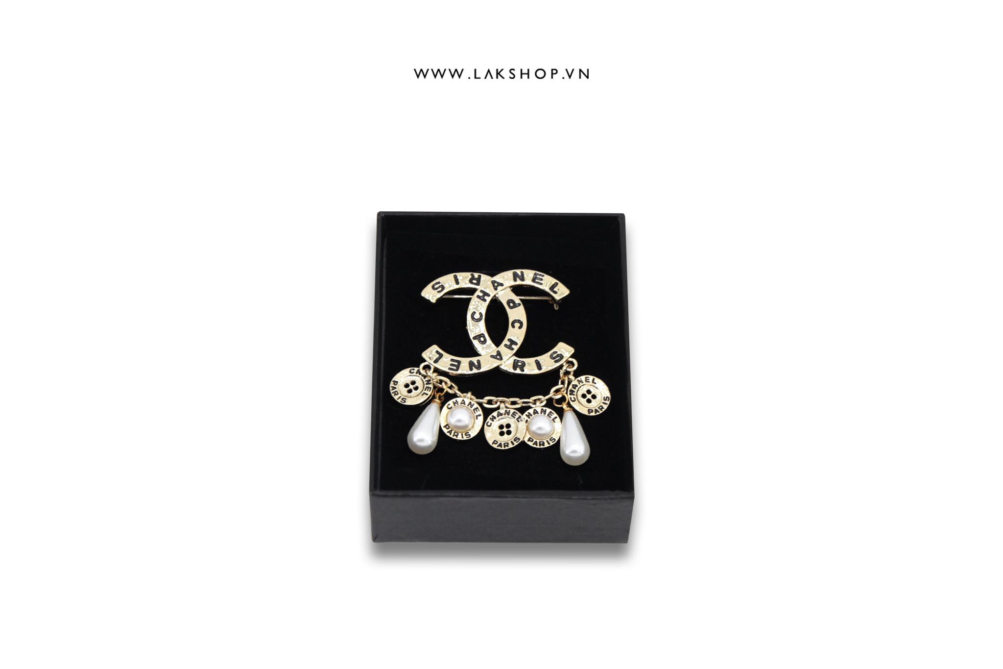Trâm Cài Chanel Logo CC x 5 Button Vàng
