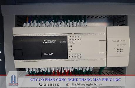 Tủ điều khiển thang máy PLC MITSUBISHI