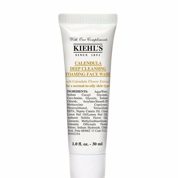 Sữa rửa mặt hoa cúc Kiehl's Calendula Deep Cleansing Foaming Face Wash