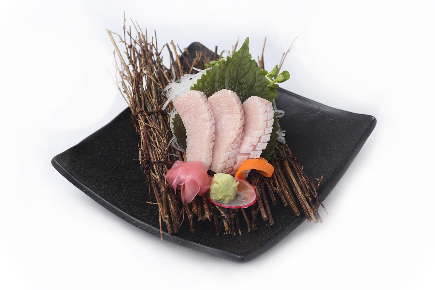 Sashimi Bụng Cá Cam Nhật