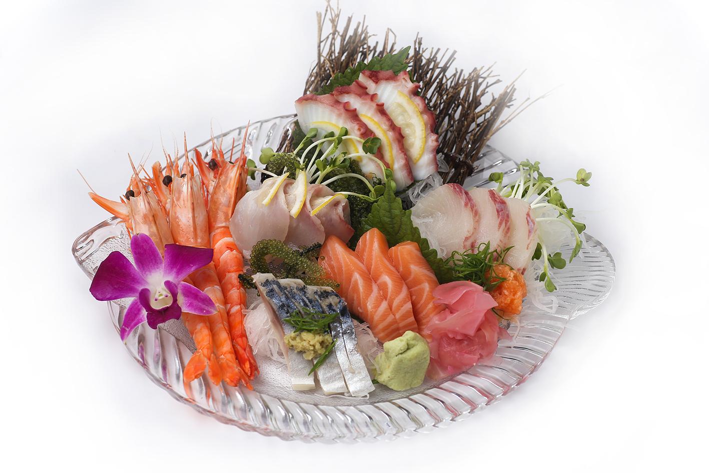 Sashimi Tổng Hợp (6 loại)