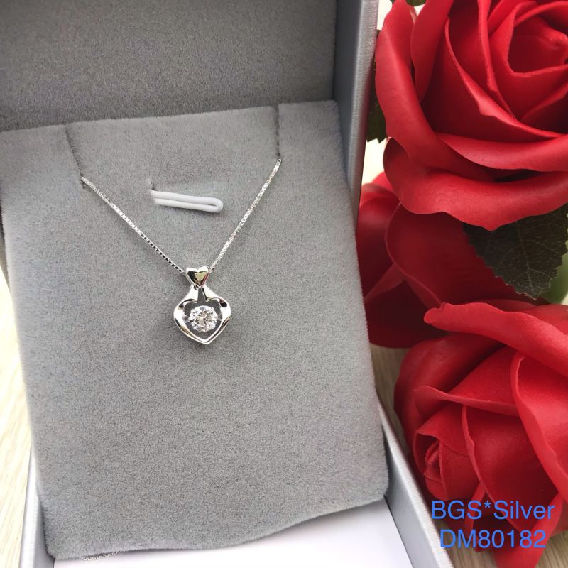 DM80182 Dây chuyền bạc nữ tim hột trắng rung đẹp độc lạ HCM