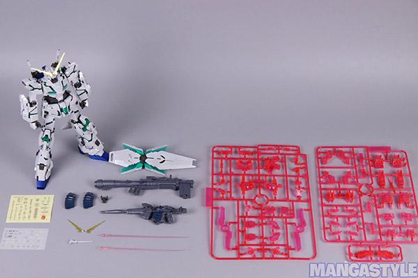 Mô Hình Lắp Ráp Daban 6637s MG Unicorn Gundam Titanium Finish