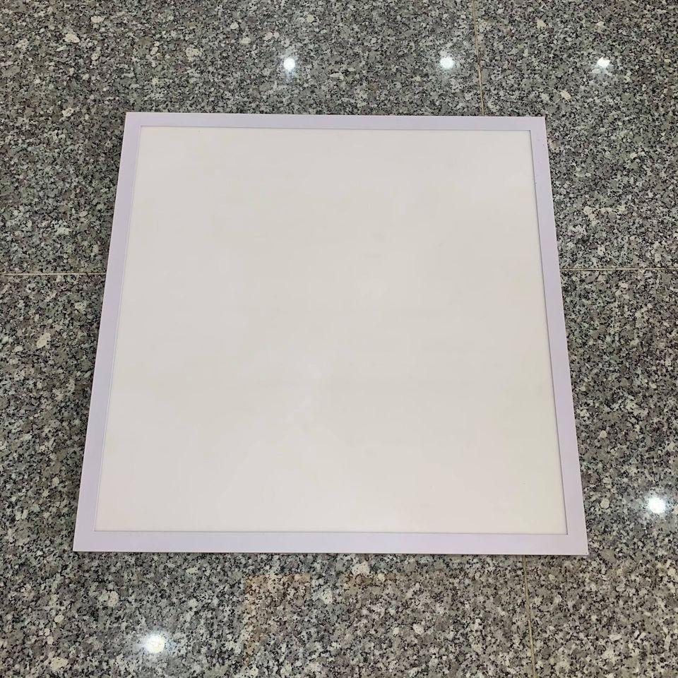 Đèn LED Panel vuông ốp trần bê tông kích thước 600x600 công suất 40-48W mã ZPN600x600-ON