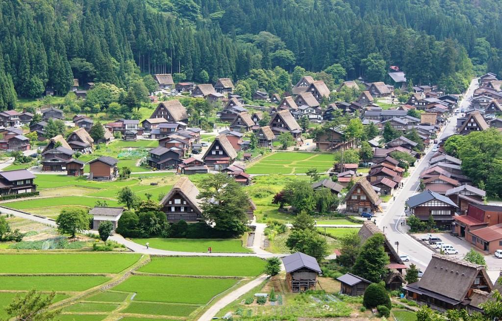 shirakawa-go-and-gokayama-gifu-and-toyama-prefectues-1a