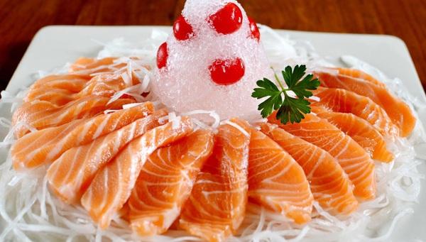 Cá hồi là một trong những thực phẩm chứa nhiều chât Omega 3