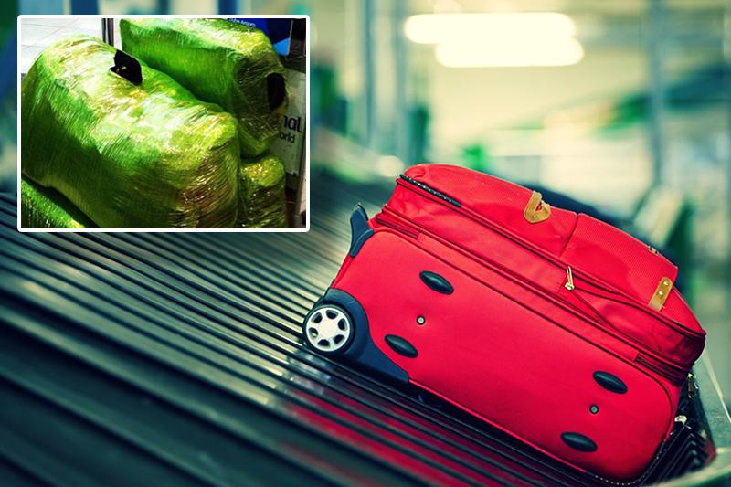 Image result for cuốn vali tại sân bay