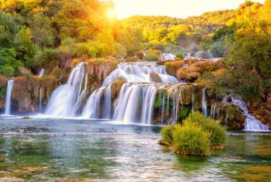 Tranh thác nước đẹp 11
