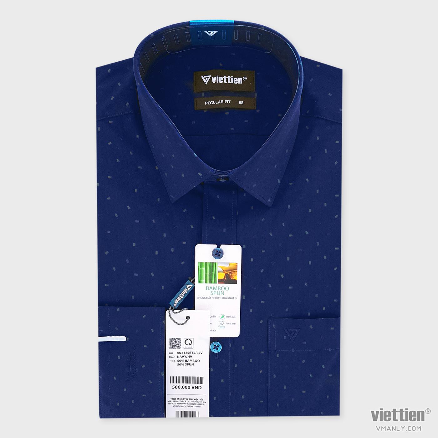 Áo sơ mi nam dài tay Việt Tiến có túi regular fit màu xanh hoa văn 8N2125BT5/L5V