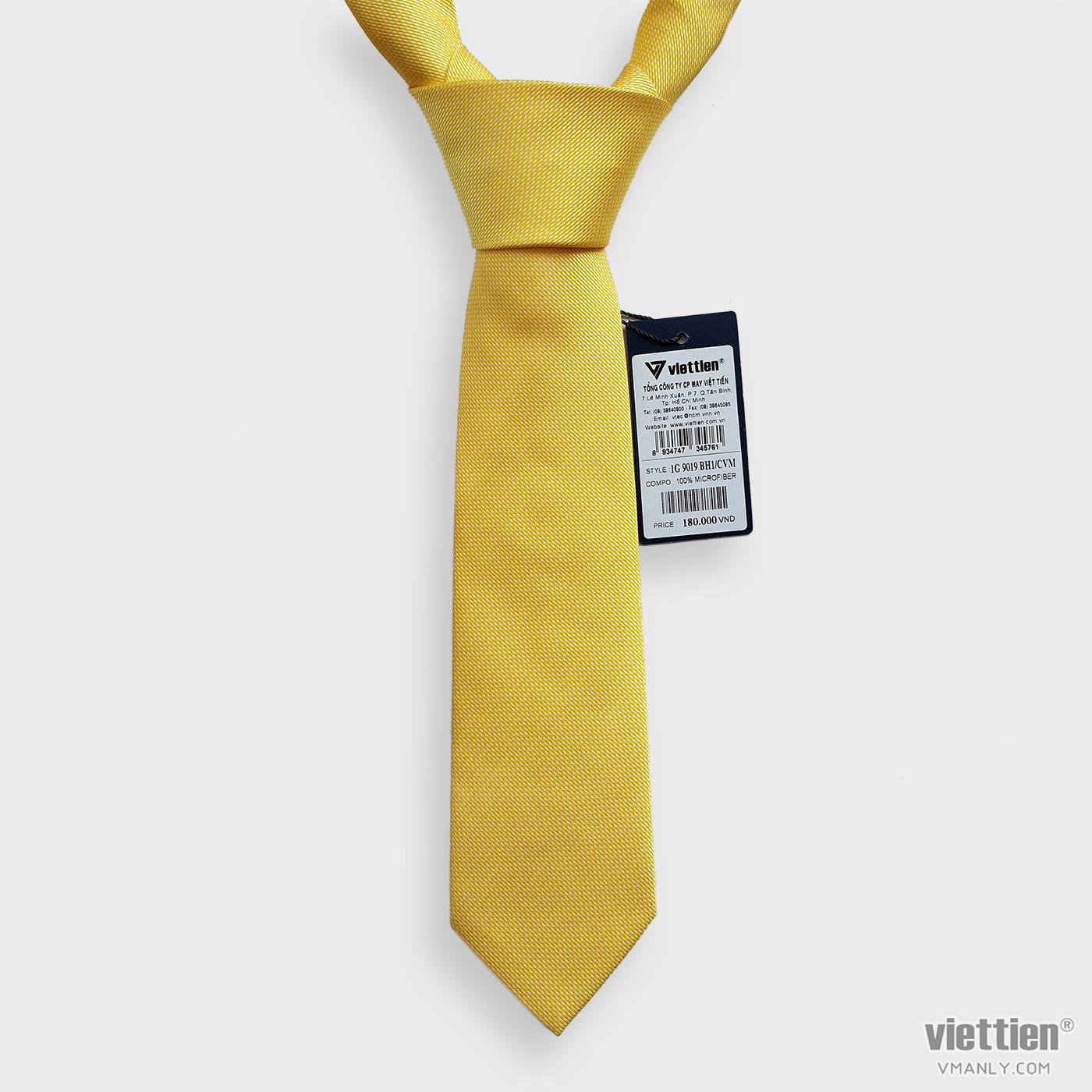 Cà vạt Việt Tiến màu vàng 1G9019BH1/CVM