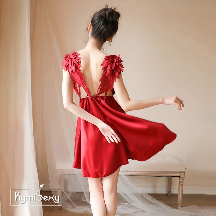 Váy ngủ cổ chữ V phối đôi cánh