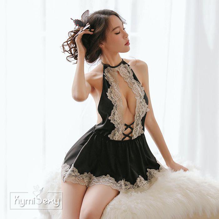 Váy ngủ phi lụa cổ yếm viền ren hở ngực
