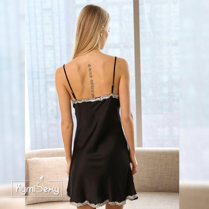Váy ngủ phi lụa xẻ tà 2 dây viền ren