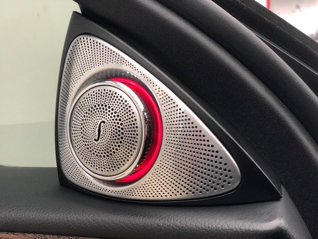 loa xoay 3D cho các dòng xe Merceses Benz