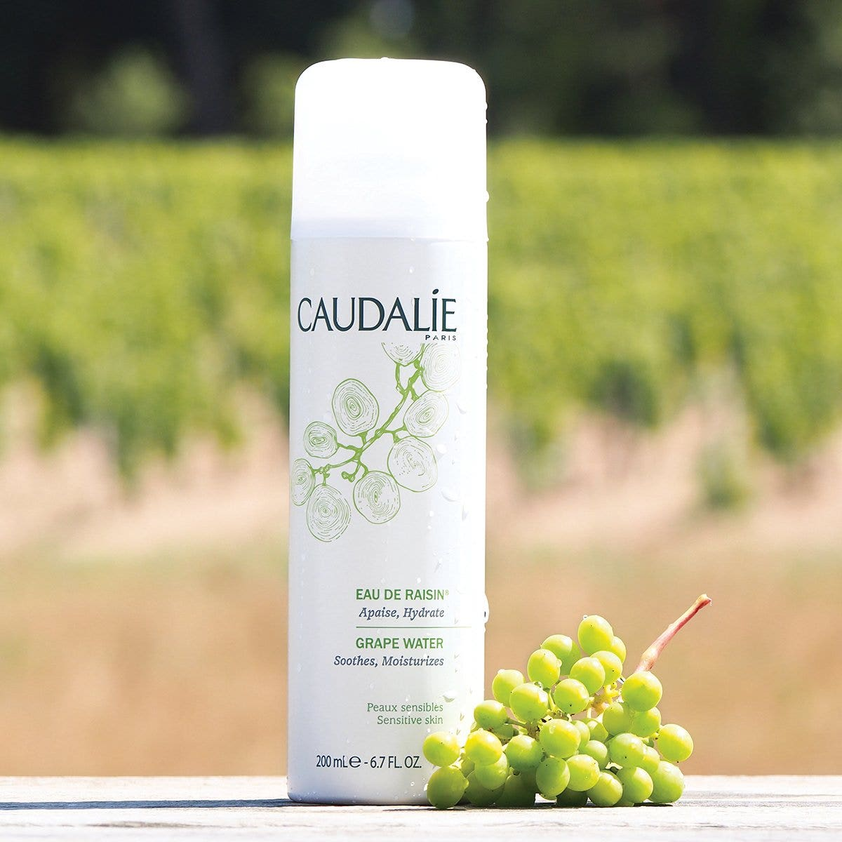 Xịt khoáng Caudalie Grape Water 200ml