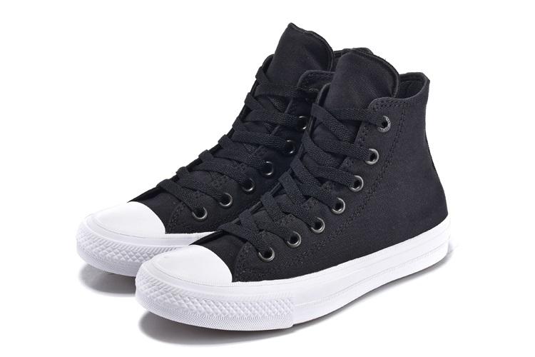 giay-sneaker-converse-cao-co-chuck-taylor-2-den