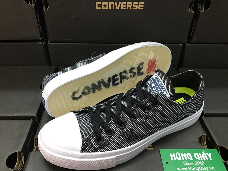 giay-sneaker-converse-chuck-taylor-de-translucent-thuy-tinh-xam-den