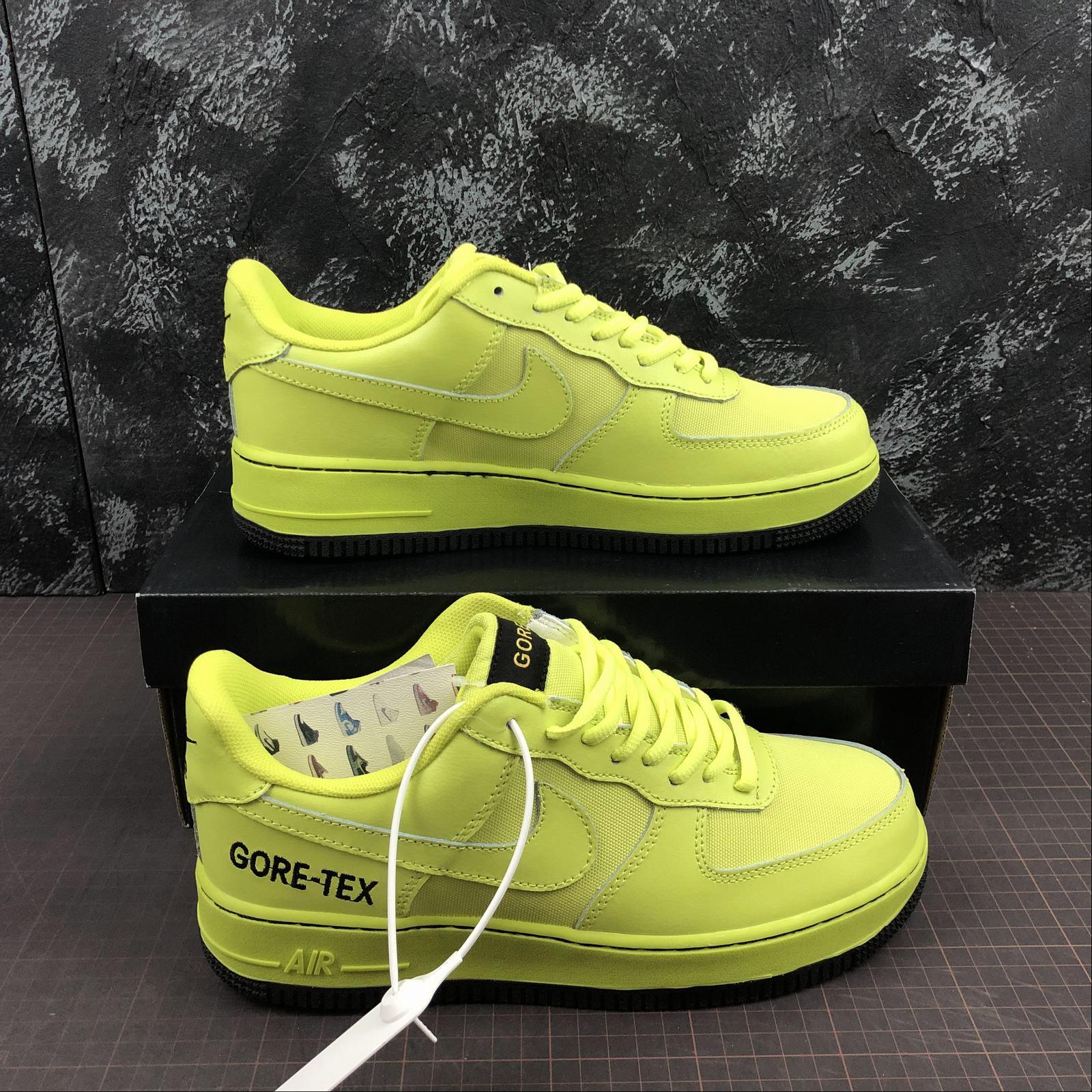 giay-sneaker-nike-gore-tex-x-air-force-1-07-ck2630-700-da-non-chuoi