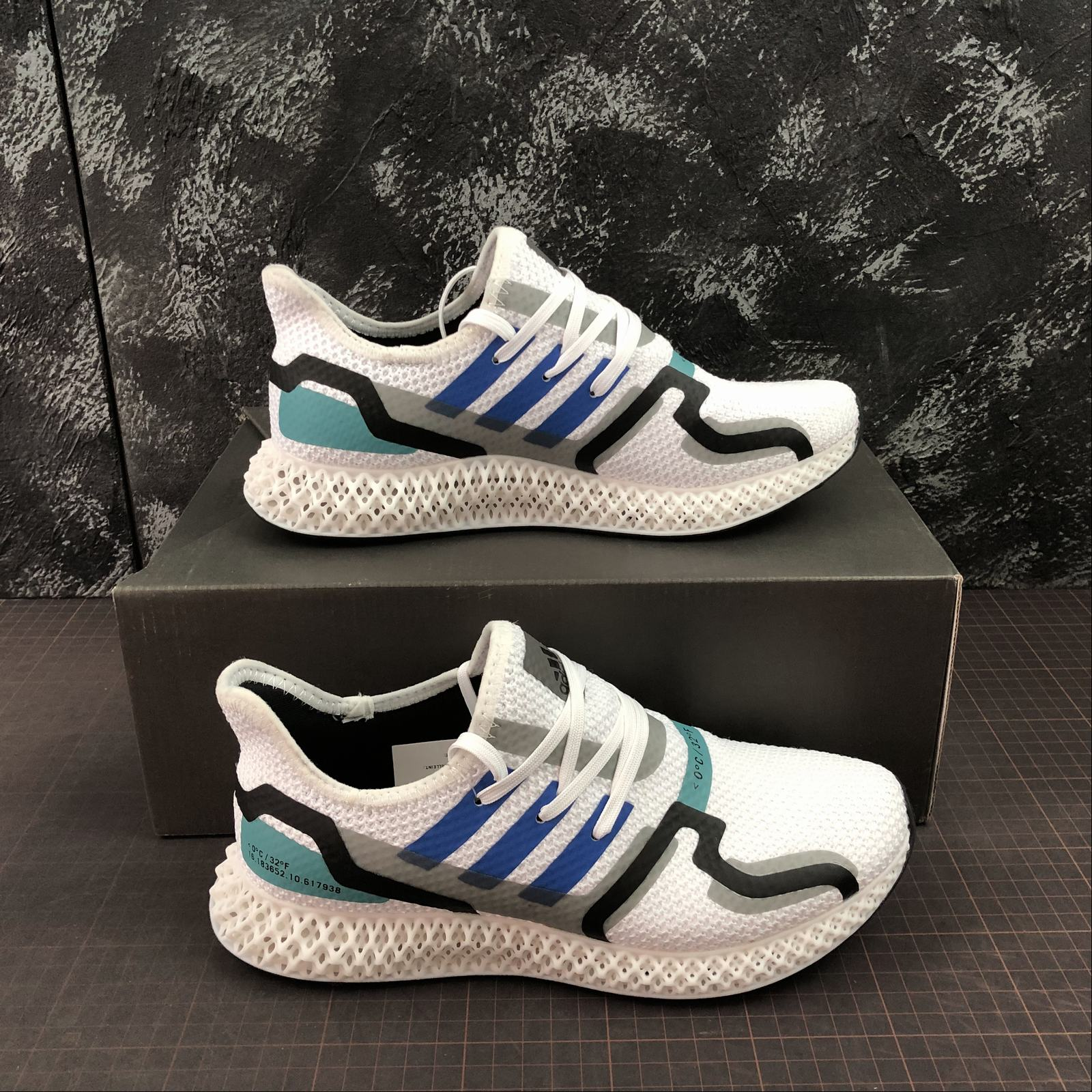 giay-sneaker-adidas-futurecraft-4d-eq8801