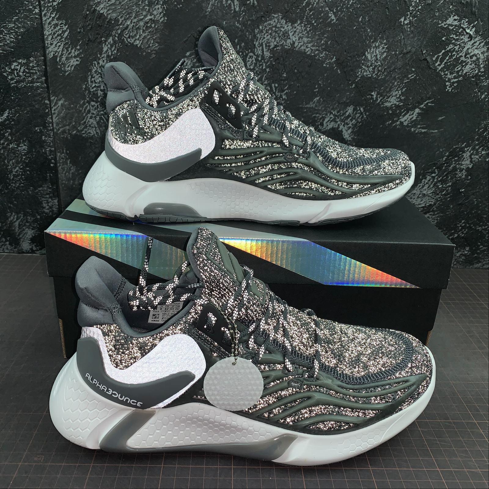 giay-sneaker-adidas-alphabounce-yeezy-boost-ay6688-doi-mau