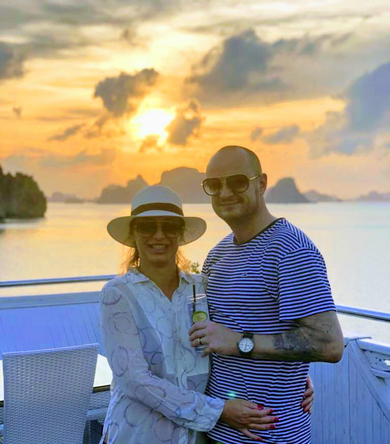 honeymoon cruise on signature Ha long cruise