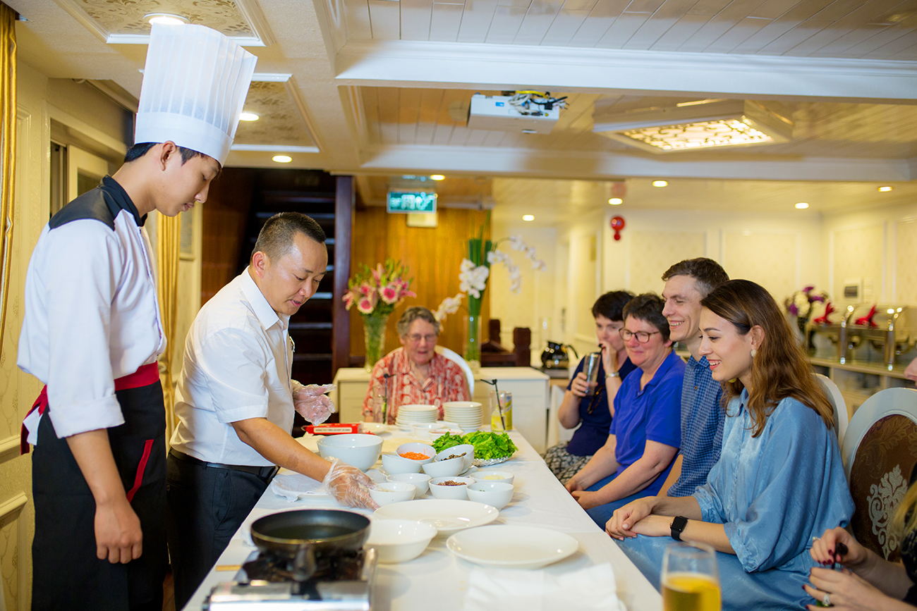 cooking performance on signature halong cruise