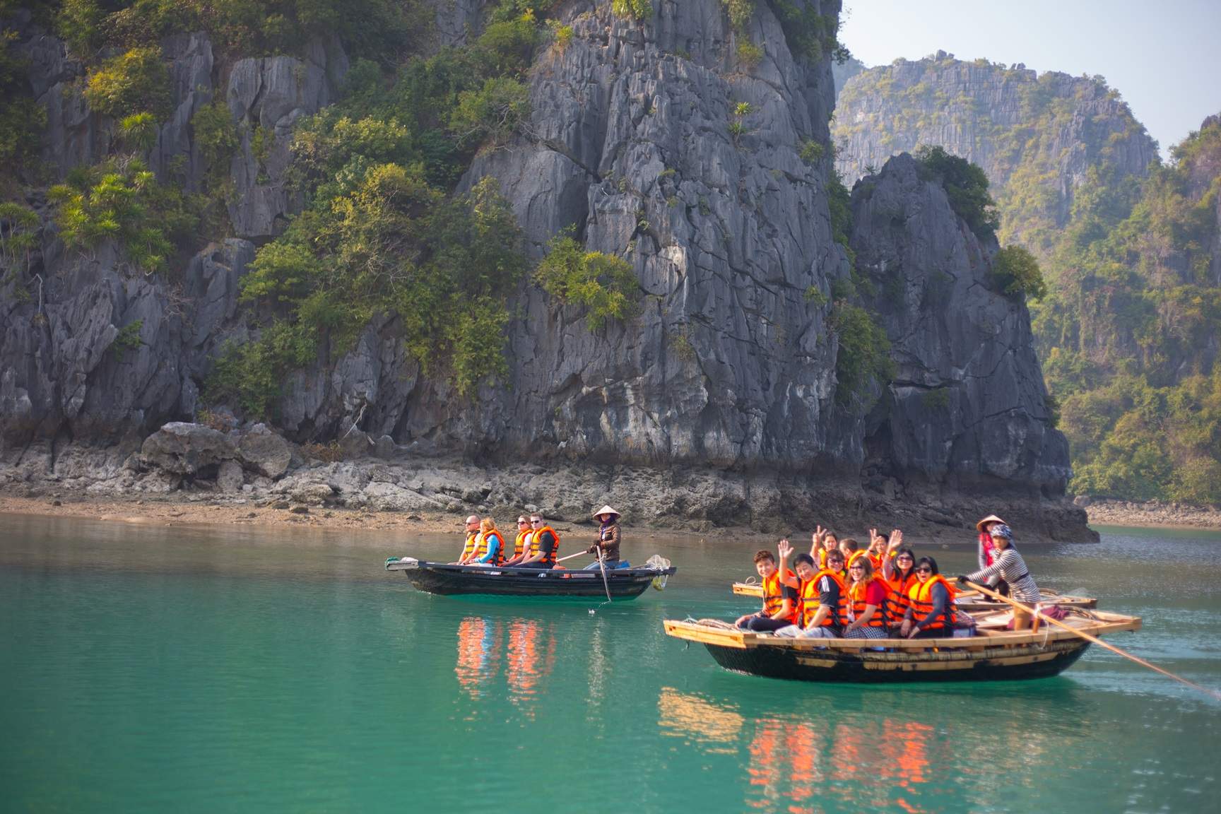 Kayaking in Ha Long Bay with Siganture Ha Long Cruise