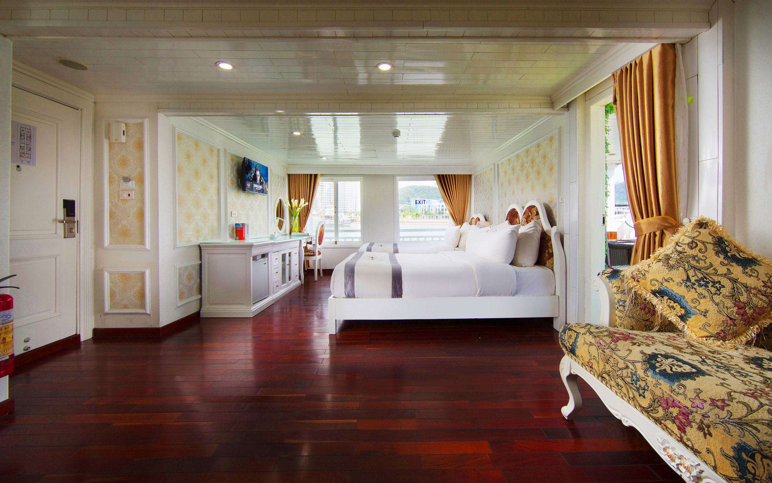 Exclusive Family Suite- Images