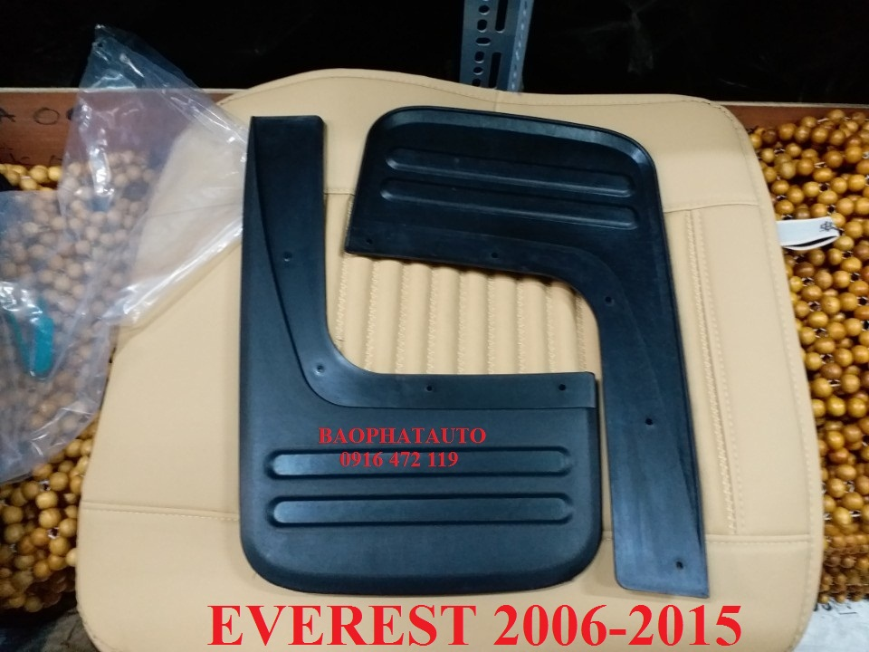 chan-bun-banh-sau-xe-ford-everest-2006-2015