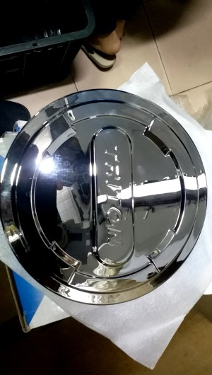 op-nap-xang-xe-mitsubishi-triton