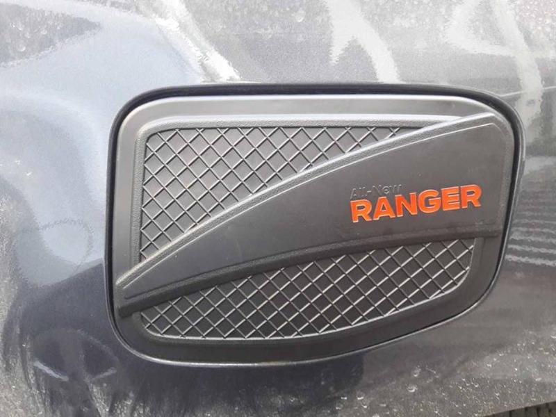 op-nap-xang-xe-ford-ranger