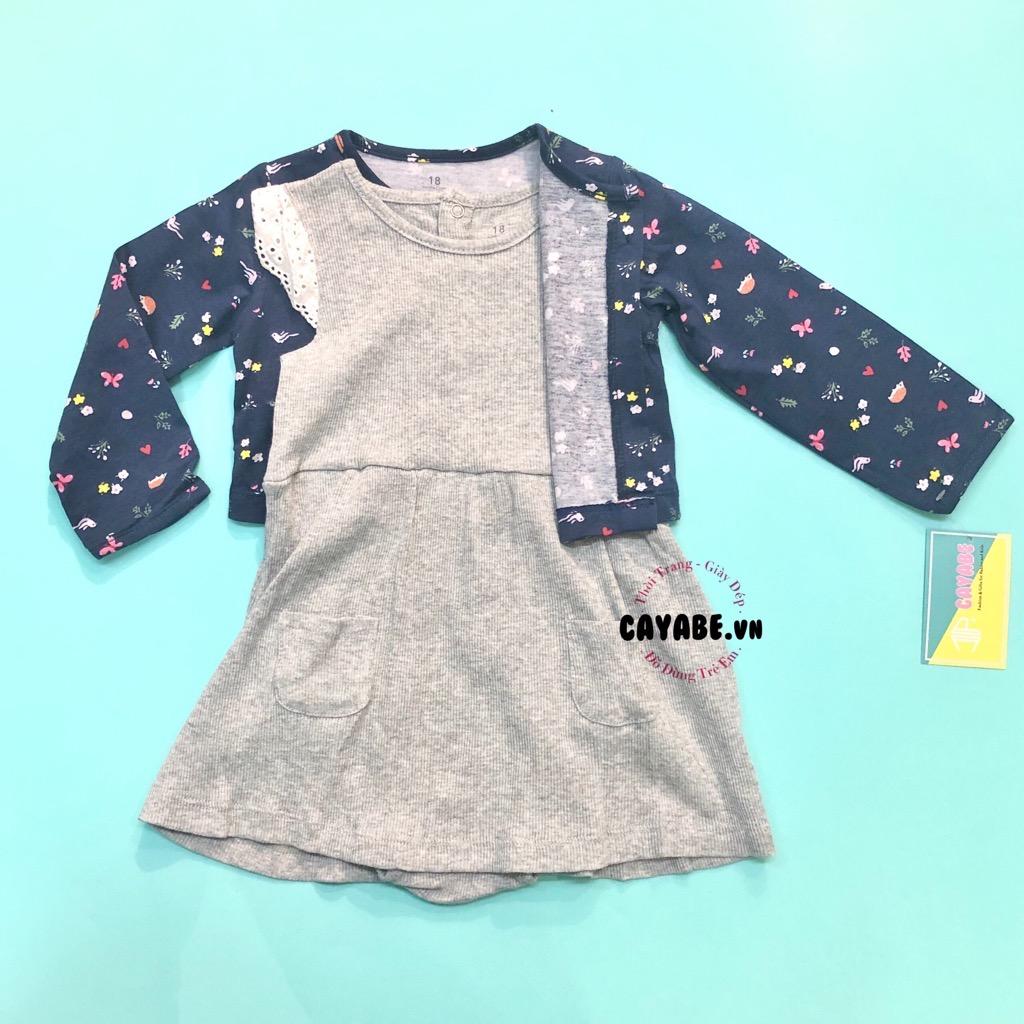 Set đầm bodysuit và áo khoác bé gái: đầm xám cánh tiên và áo khoác xanh hoa lá