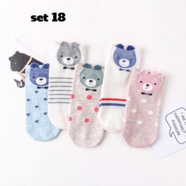 Vớ tất trẻ em Hàn Quốc cổ ngắn thỏ/ gấu/ mèo siêu cưng mang giày thể thao (set 5 cái)