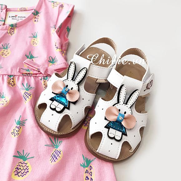 Giày Sandal bé gái thỏ Cony màu trắng