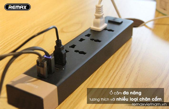Ổ cắm điện đa năng có 4 cổng USB Remax RU - S2 3