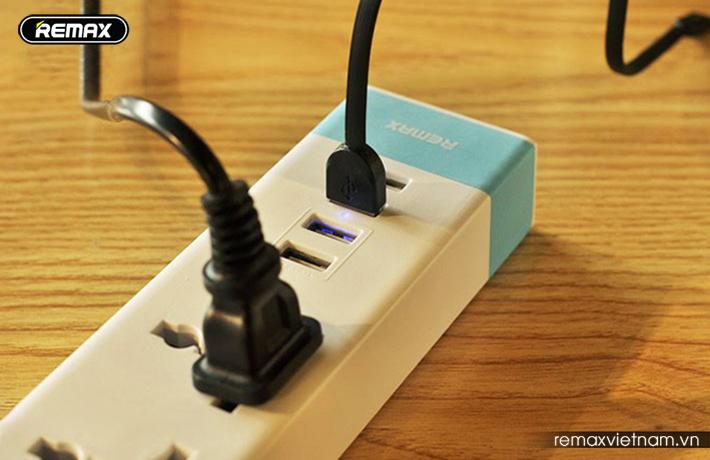 Ổ cắm điện đa năng có 4 cổng USB Remax RU - S2 2