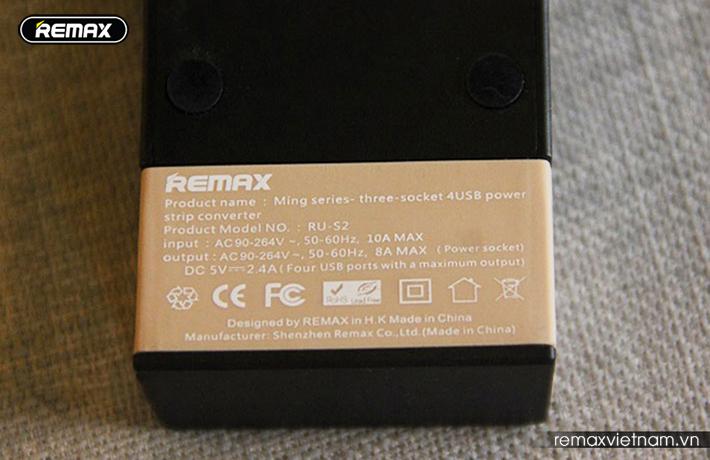 Ổ cắm điện đa năng có 4 cổng USB Remax RU - S2 4