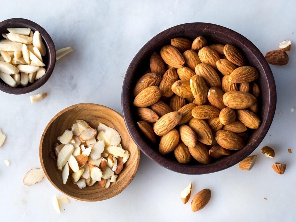 Cách phân biệt hạt hạnh nhân mỹ và hạnh nhân Trung Quốc Bánh Healthy,  EatClean, Bánh Dinh Dưỡng